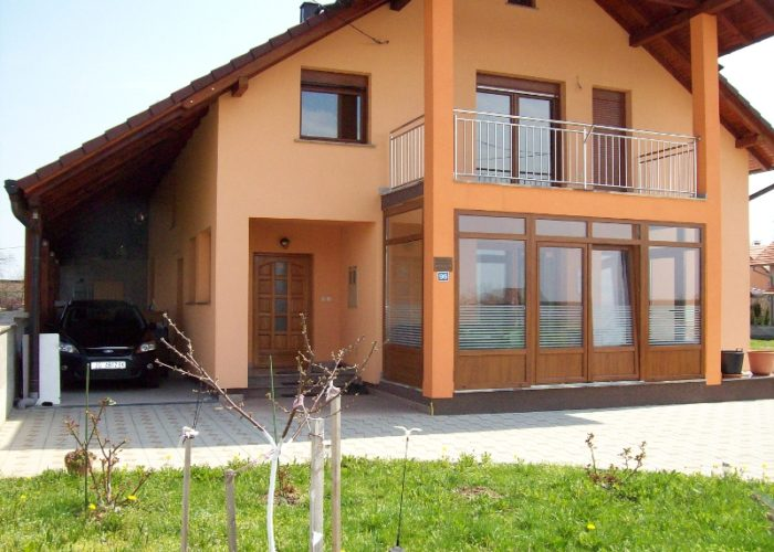 BAREŠIĆ - Assisted living