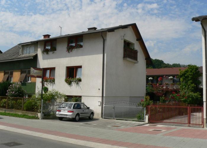 Obiteljski dom za starije IVANA