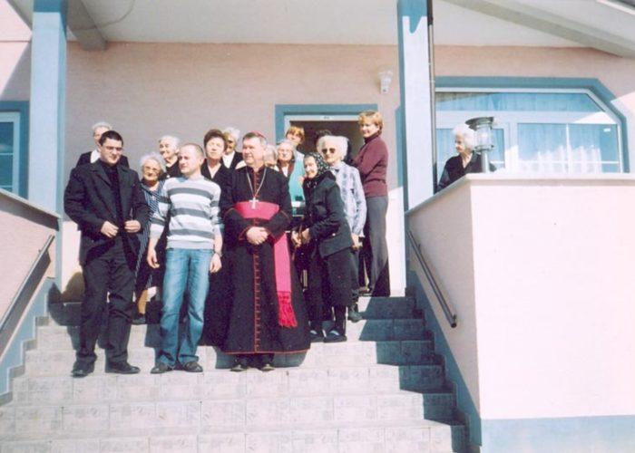 Obiteljski dom za starije KUPINA