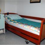 LIPOVAC - Obiteljski dom za starije