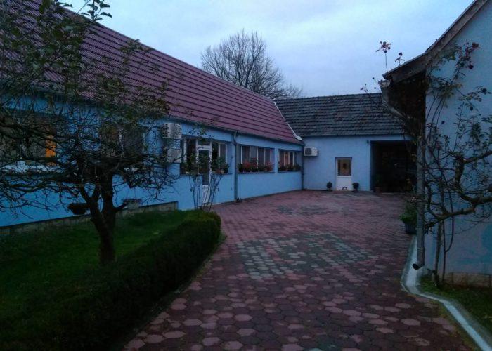 LONČAREVIĆ - Obiteljski dom za starije