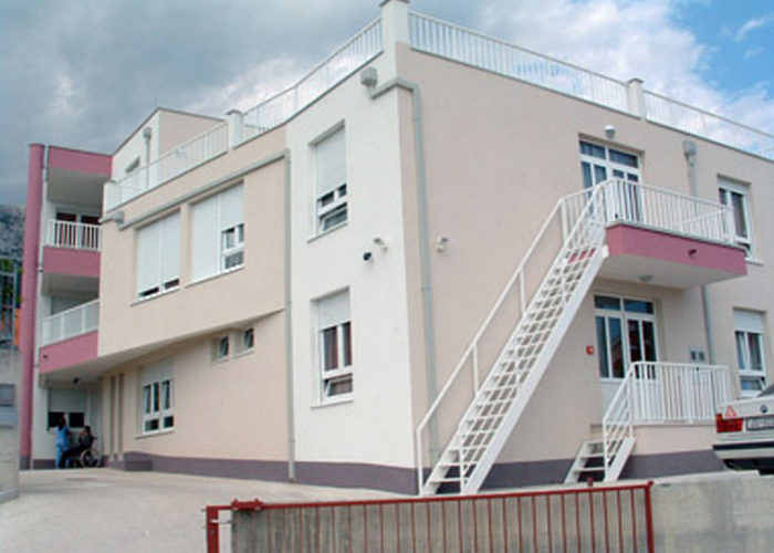 MIRNI KUTAK - Care home