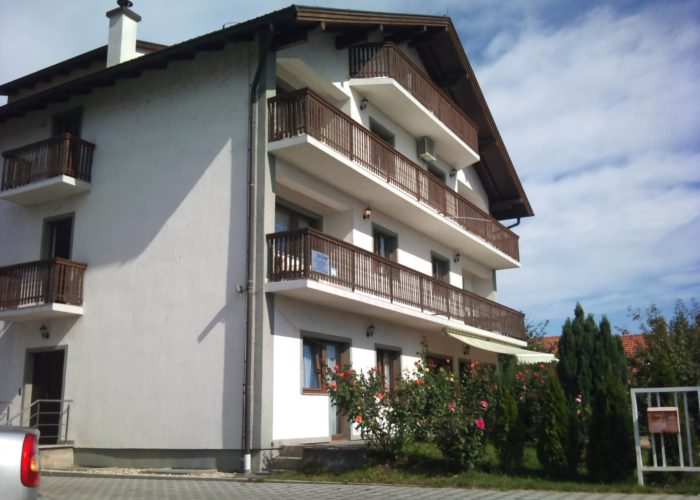 PEJAKOVIĆ - Dom za starije