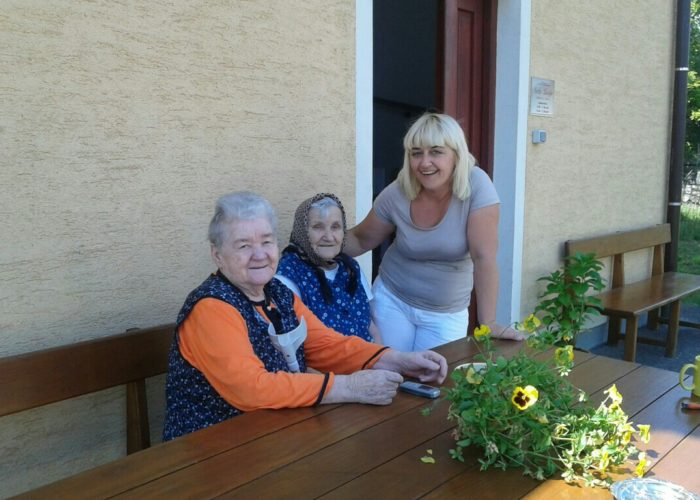 SVETA LUCIJA - Obiteljski dom za starije
