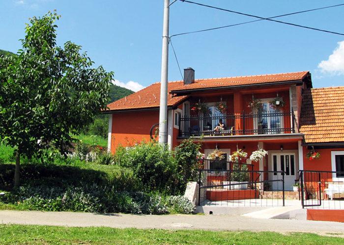 TURKOVIĆ - Obiteljski dom za starije