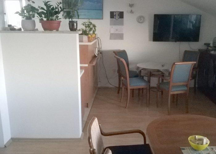 Obiteljski dom za starije JADRANOVO