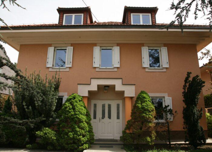 Obiteljski dom za starije PETRINA OAZA
